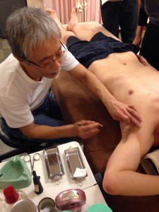 極泉をお灸するにあたり下処理